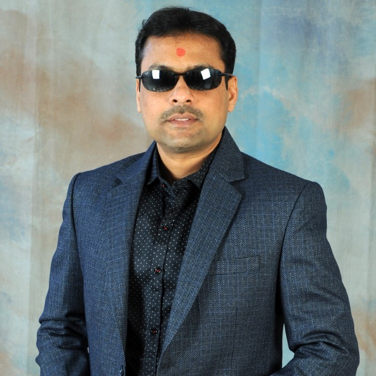 https://www.workpulse.com/wp-content/uploads/2019/04/Chandresh.jpg